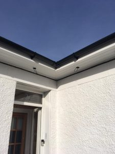 Roofer in Paisley